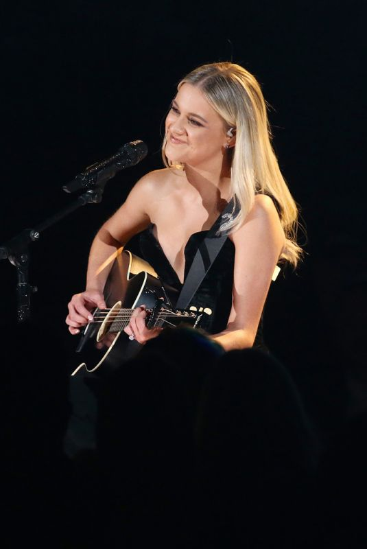 KELSEA BALLERINI Perfors at 53rd Annual CMA Awards 11/13/2019