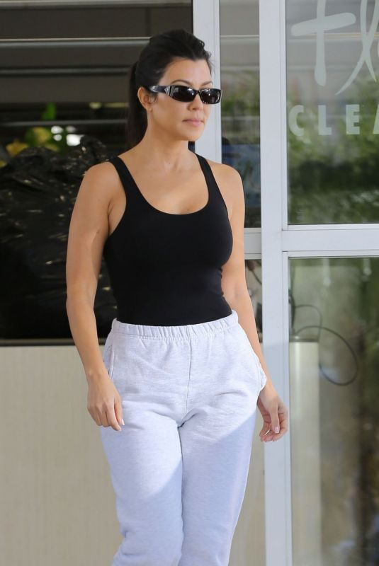 KOURTNEY KARDASHIAN Out in Studio City 11/05/2019