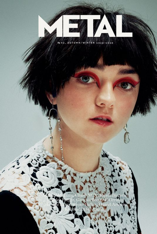 MAISIE WILLIAMS in Metal, Autumn/Winter 2019/2020
