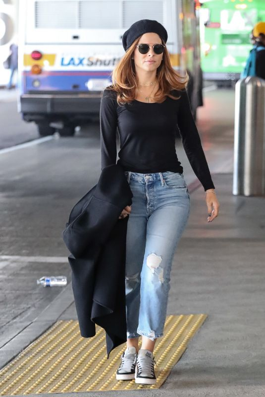 MARIA MENOUNOS at Los Angeles International Airport 11/12/2019