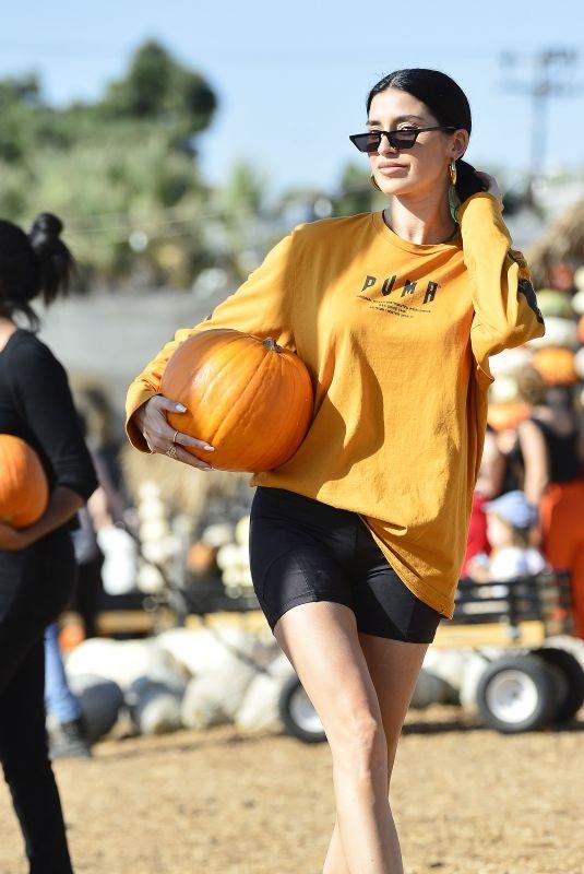 NICOLE WILLIAMS at Mr Bones Pumpkin Patch in Los Angeles 11/01/2019