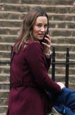 PIPPA MIDDLETON Out and About in London 11/21/2019