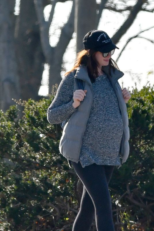 Pregnant ANNE HATHAWAY Out in Westport 11/03/2019