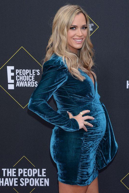 Pregnant TEDDI JO MELLENCAMP at People's Choice Awards 2019 in Santa Monica 11/10/2019