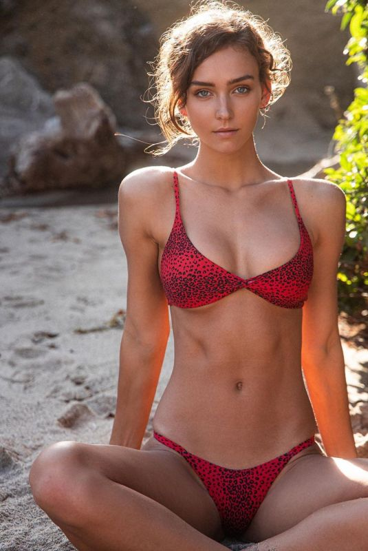 RACHEL COOK on the Set of a Photoshoot, October 2019