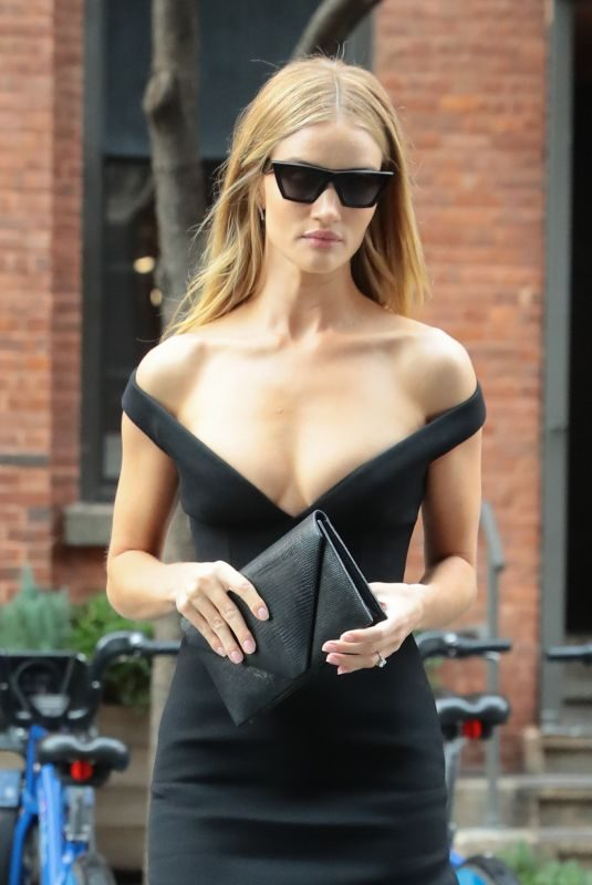 ROSIE HUNTINGTON-WHITELEY Leaves Her Hotel in New York 11/09/2019
