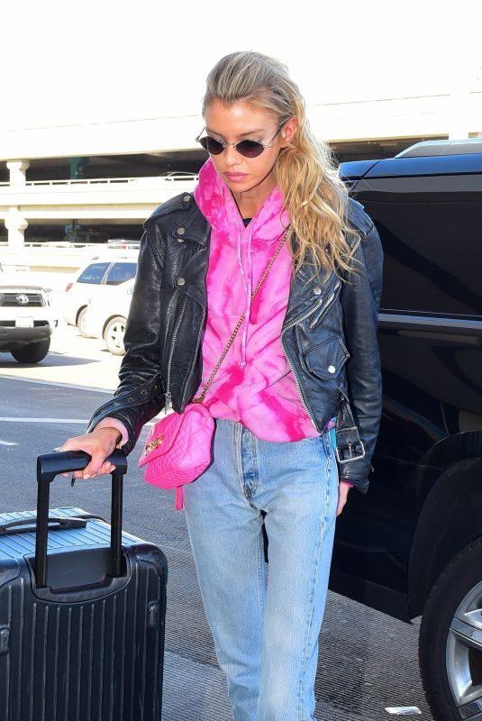 STELLA MAXWELL at Los Angeles International Airport 11/01/2019