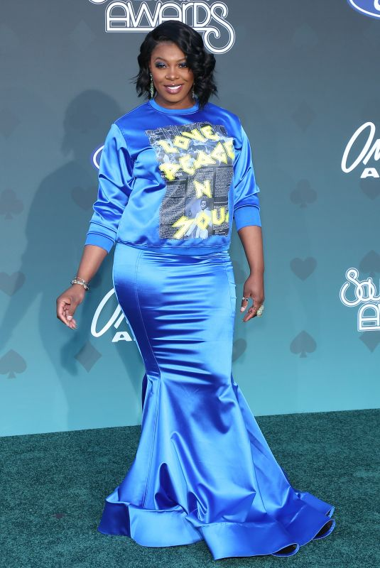 TA'RHONDA JONES at 2019 Bet Soul Train Awards in Las Vegas 11/17/2019
