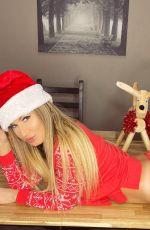 ANA BRAGA - Christmas Photoshoot in Las Vegas 12/15/2019