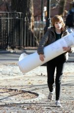 ANNA KENDRICK Carries Her Mattress Out in New York 12/20/2019