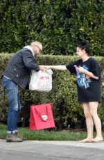 ARIEL WINTER Gets a Delivery to Her House in Los Angeles 11/30/2019