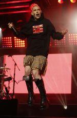 BISHOP BRIGGS Performs at Jimmy Kimmel Live 11/26/2019