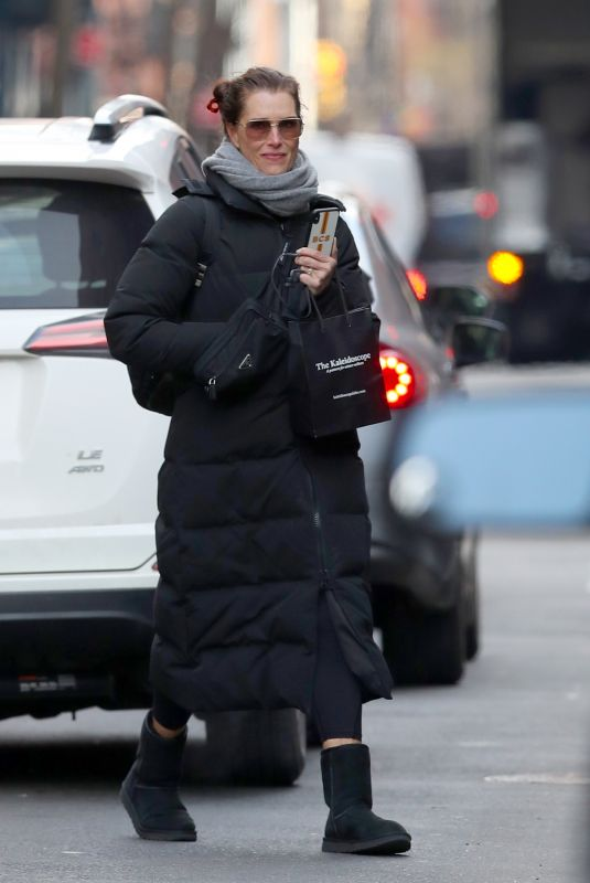 BROOKE SHIELDS Out Shopping in New York 12/18/2019