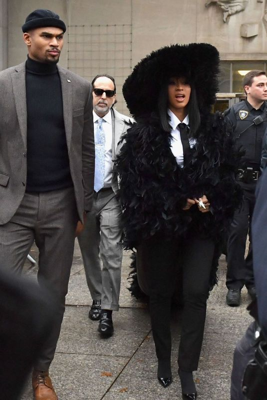 CARDI B Arrives at Court in New York 12/10/2019
