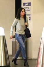 COURTENEY COX After Fans Mistook Her for Caitlyn Jenner 12/18/2019