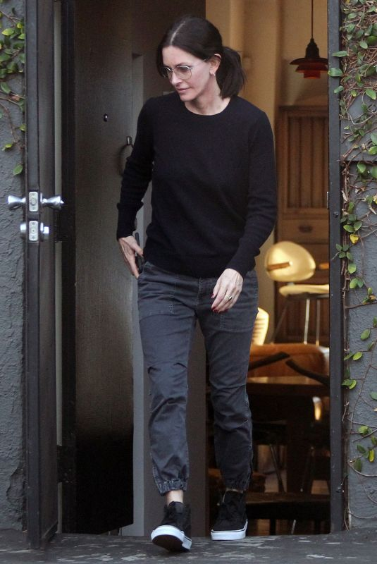 COURTENEY COX Leaves Galerie Half on Melrose Avenue in Hollywood 12/17/2019