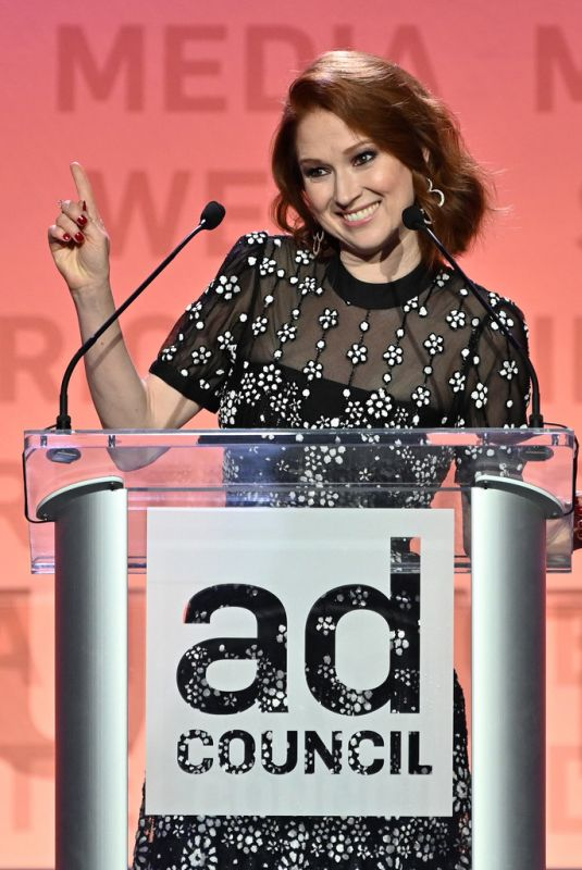 ELLIE KEMPER at 2019 Ad Council Dinner in New York 12/05/2019