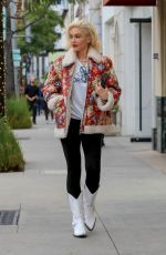 GWEN STEFANI Out Shopping in Beverly Hills 12/23/2019