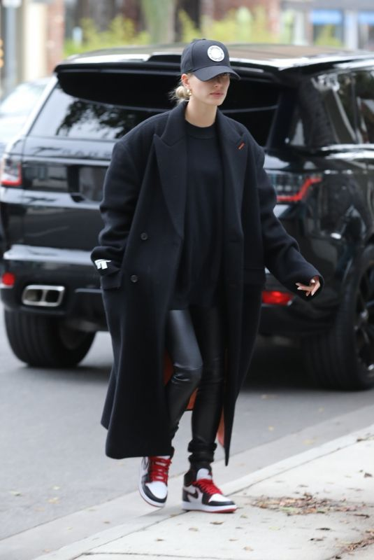 HAILEY BIEBER Arrives at a Hair Salon in Los Angeles 11/30/2019