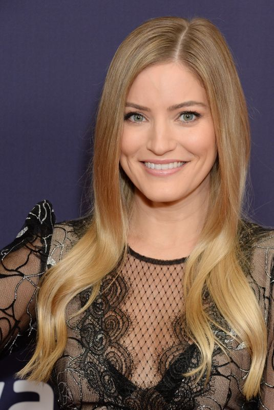 IJUSTINE at 9th Annual Streamy Awards in Beverly Hills 12/13/2019