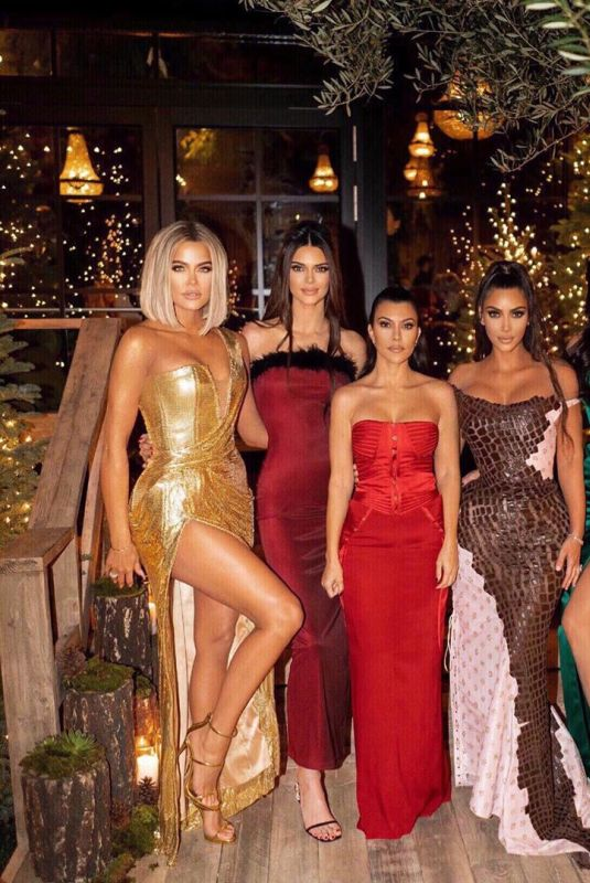 KENDALL and KYLIE JENNER and KIM, KOURTNEY and KHLOE KARDASHIAN - Instagram Photo 12/26/2019
