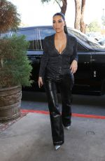 KIM KARDASHIAN Out for Lunch at La Plata in Agoura Hills 12/10/2019