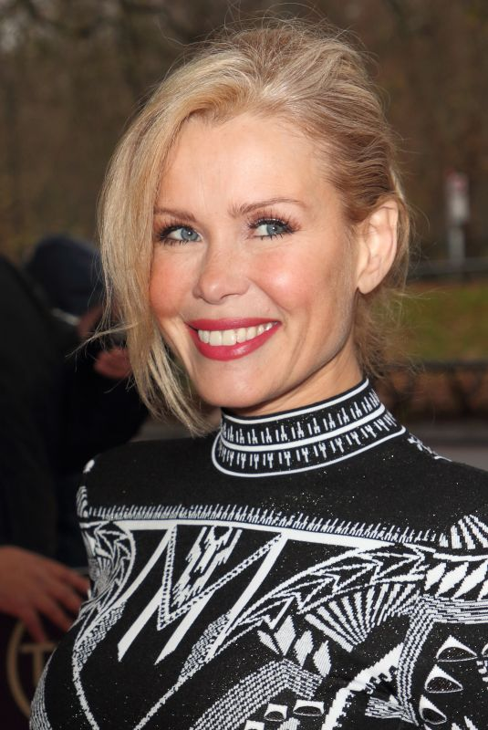 MELINDA MESSENGER Arrives at Tric Christmas Charity Lunch in London 12/10/2019