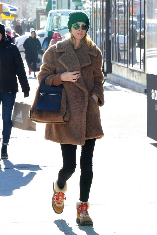 NICKY HILTON Out Shopping in New York 12/19/2019