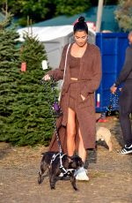 NICOLE WILLIAMS Shopping for Christmas Trees in Los Angeles 12/16/2019