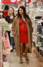 Pregnant JENNA DEWAN Out Shopping in Los Angeles 12/09/2019