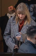 TAYLOR SWIFT Out in London 12/04/2019