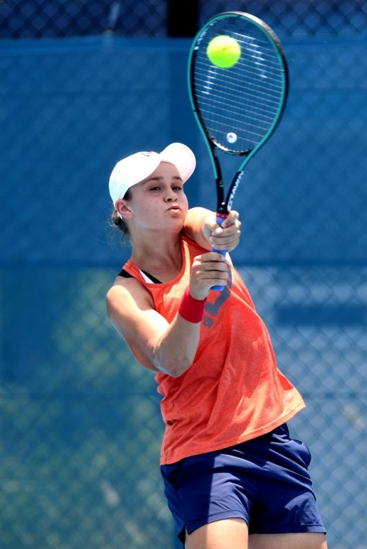 ASHLEIGH BARTY at 2020 Brisbane International Previews 01/04/2020