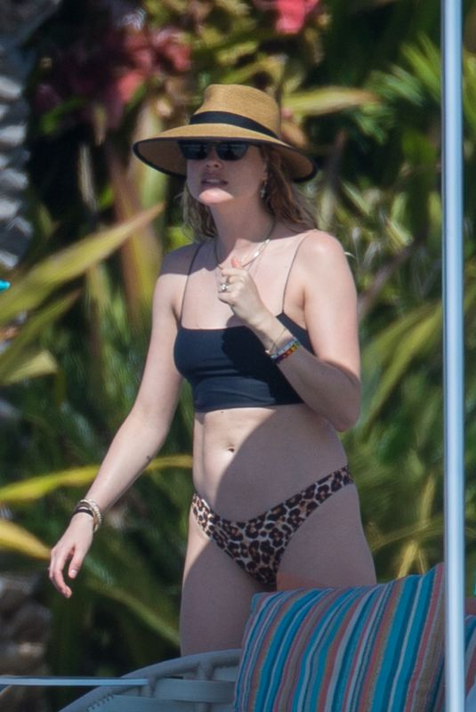 BEHATI PRINSLOO in Bikini in Cabo San Lucas 01/12/2020