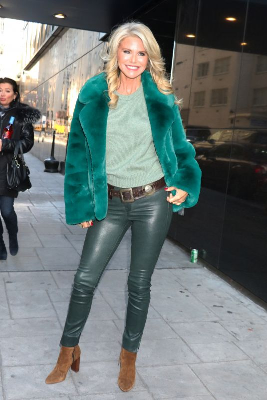 CHRISTIE BRINKLEY Arrives at Good Day New York 01/22/2020