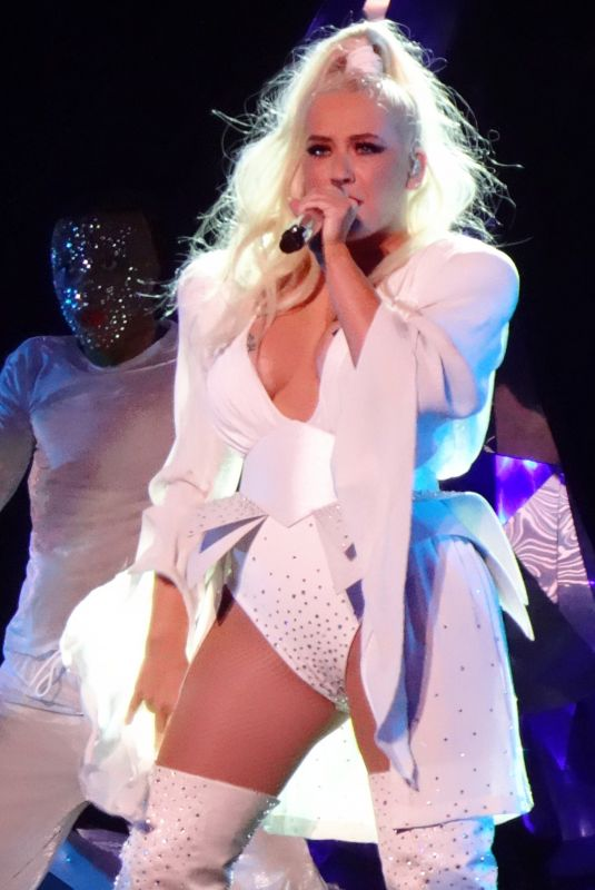 CHRISTINA AGUILERA Performs on New Year's Eve at Zappos Theatre in Las Vegas 12/31/2019