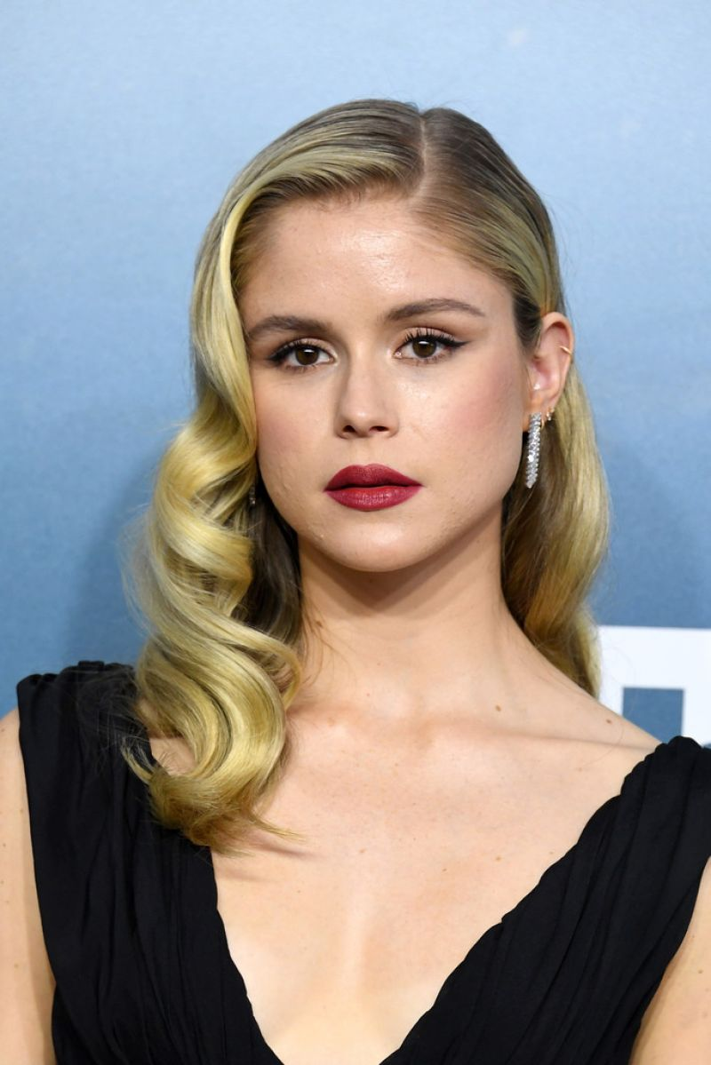 ERIN MORIARTY at 26th Annual Screen Actors Guild Awards in