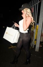 EVE GALE Leaves I Saw It First Studio in Manchester 01/27/2020