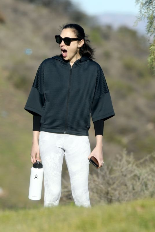 GAL GADOT Out Hikking in Hollywood Hills 01/07/2020