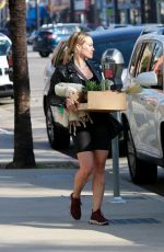 HILARY DUFF Shoping for Flowers and Succulents in Studio City 01/14/2020