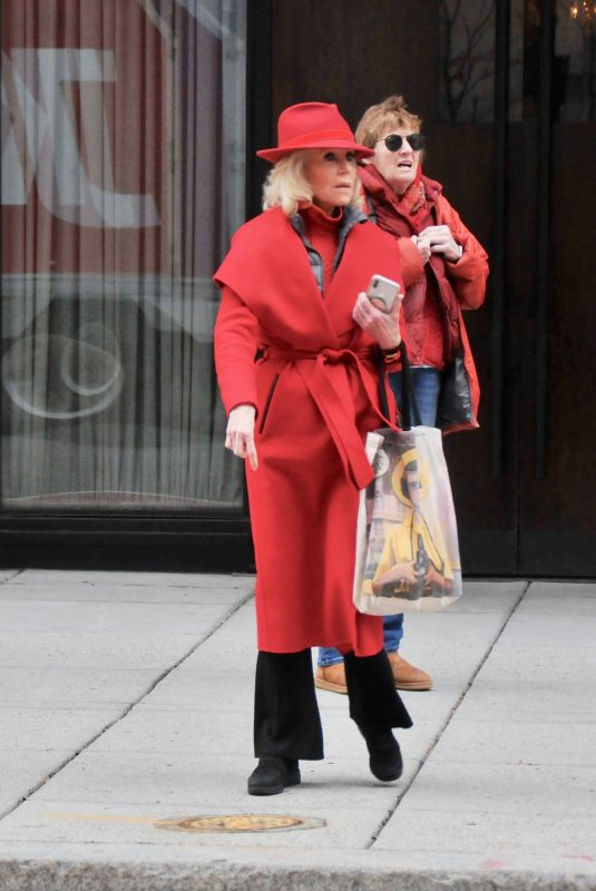 JANE FONDA Leaves Her Hotel in Washington D.C. 12/27/2019