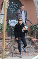 JENNIFER GARNER and Ben Affleck Out in Santa Monica 01/11/2020