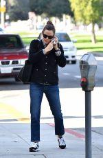JENNIFER GARNER Heading to a Spa in Los Angeles 01/04/2020