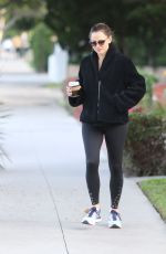 JENNIFER GARNER Out for Morning Coffee in Brentwood 01/07/2020