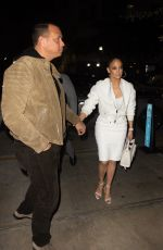 JENNIFER LOPEZ Out for Dinner in South Beach 01/24/2020