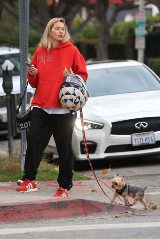 JESSICA HART Out with Her Dog in West Hollywood 01/08/2020