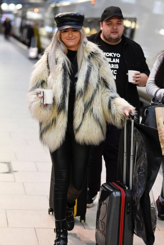 KATIE MCGLYNN Out and About in London 01/27/2020