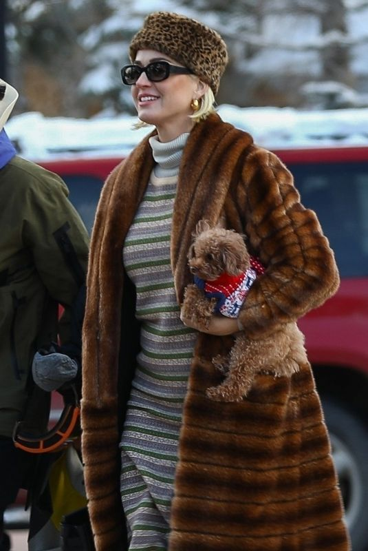 KATY PERRY Out with Her Dog in Aspen 01/02/2020