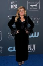 KELLY CLARKSON at 25th Annual Critics Choice Awards in Santa Monica 01/12/2020