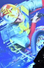 TARA REID at Cirque Du Soleil