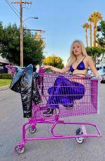 TORI KAY HARRIS in a Shopping Cart - Instasgram Video and Photos 01/13/2020
